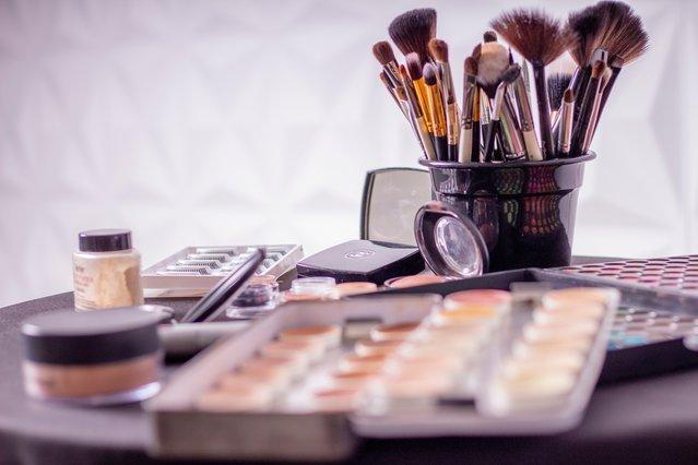 Το επαγγελματικό προϊόν που δεν πρέπει ποτέ να χρησιμοποιήσεις στο μακιγιάζ σου