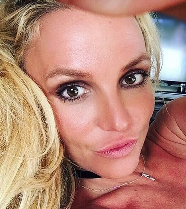 Πώς η Britney Spears εξόργισε το κοινό της συναυλίας της – Τι συμβαίνει με την υγεία της;