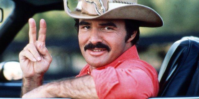 Πέθανε ο Burt Reynolds: Το δημόσιο  αντίο  των  γυναικών  του συγκινεί