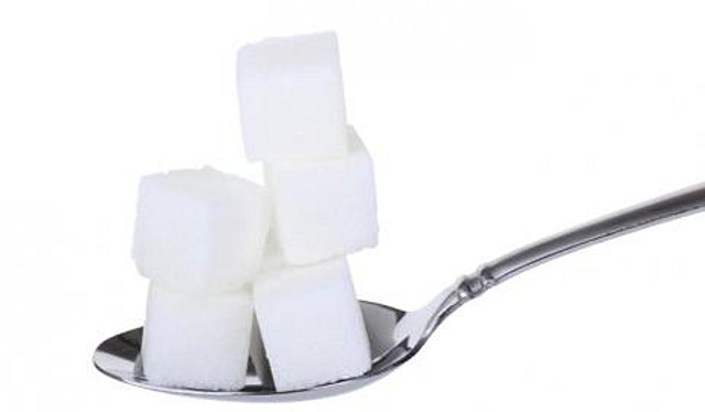 11 δυσάρεστα πράγματα που κάνει η ζάχαρη στο σώμα σας