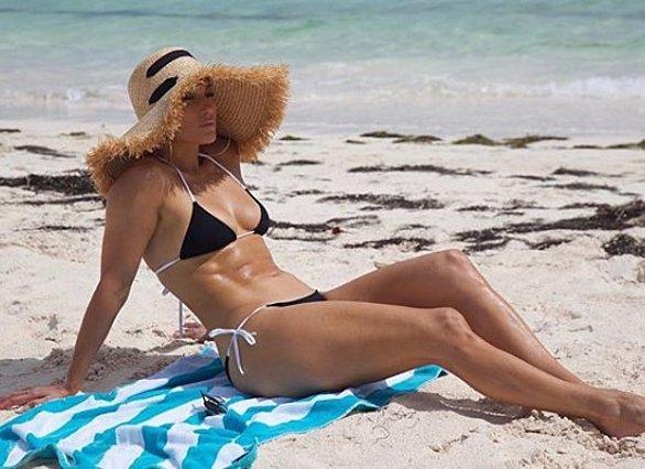 Jennifer Lopez: Η γυμναστική που της χαρίζει ΑΥΤΟ το κορμί