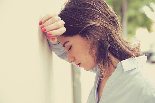 Αγχώδης διαταραχή: 9 σημάδια που κρούουν τον κώδωνα του κινδύνου