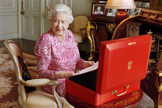 <p>(Photo by Mary McCartney/Her Majesty Queen Elizabeth II via Getty Images)</p>