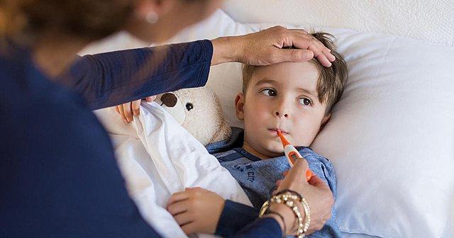 Πρόληψη των παιδικών ιώσεων και κρυολογημάτων με σωστή διατροφή