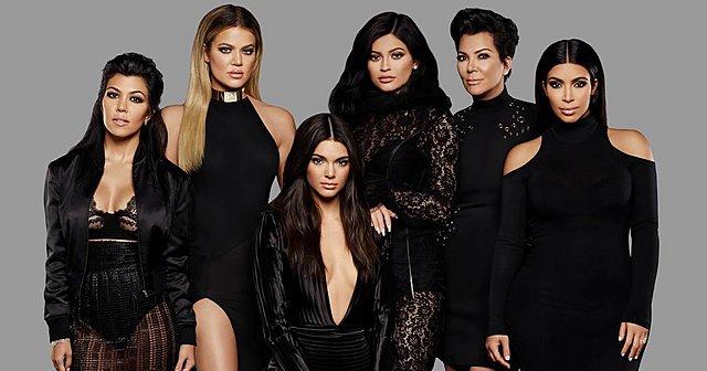 Kendall, Kylie, Kim, Khloe, Kourtney: Ποια αδερφή έχει την πιο εντυπωσιακή ντουλάπα; Εσύ αποφασίζεις! (βίντεο)