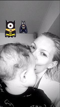 Βίκυ Καγιά: Οι νέες φωτογραφίες του γιου της είναι σκέτη γλύκα