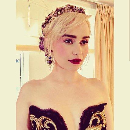 Η Emilia Clarke κουρεύτηκε πολύ - Υιοθέτησε κι εσύ το νέο φθινοπωρινό look της