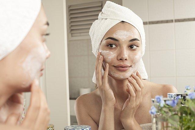 5 μυστικά για ακόμη πιο φρέσκο, καθαρό και λαμπερό δέρμα