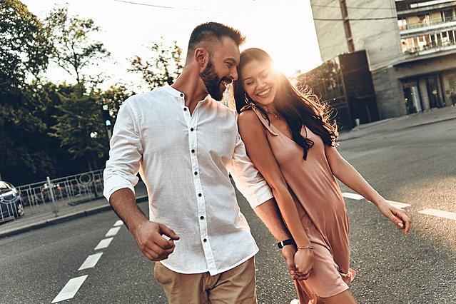 Τα  ρομαντικά  σημάδια που μπορεί να κρύβουν παγίδες