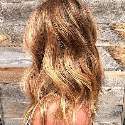 #Goldombre: Θα τολμήσεις την πιο beachy blonde τάση μέσα στον χειμώνα;