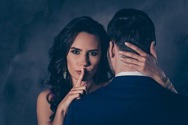 Η νέα μορφή απιστίας δεν σχετίζεται με το σεξ