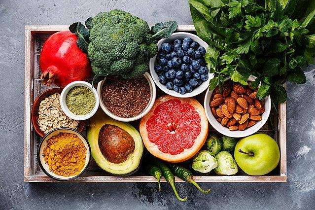 5 μύθοι για την υγιεινή διατροφή - Αλήθειες και υπερβολές