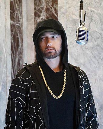 Συγκλονιστικό: Ο Eminem ραπάρει στην ταράτσα του Empire State Building και κόβει την ανάσα [video]