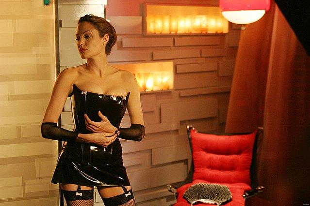 <p>Η Angelina Jolie στην ταινία Mr & Mrs Smith (2005)</p>