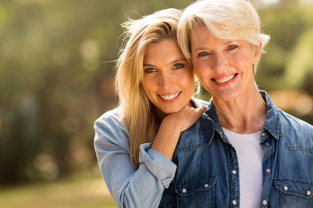 Πώς η ερωτική ζωή της μαμάς σου μπορεί να επηρεάσει τη δική σου