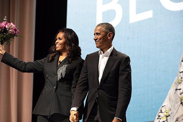 Η απίστευτη on camera έκπληξη του Barack Obama στη Michelle [video]