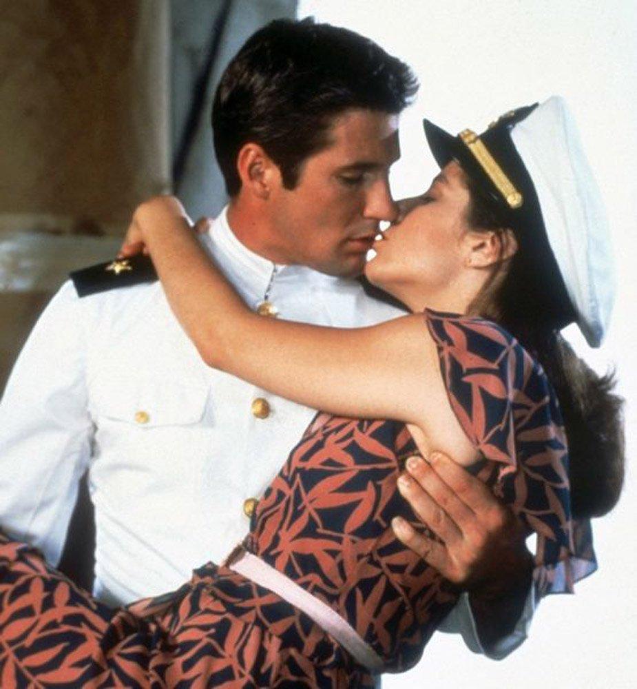 Πόσο καιρό πρέπει να βγαίνεις με κάποιον πριν φιλήσεις