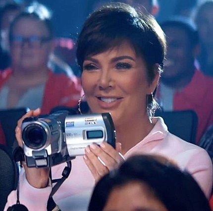 Kris Jenner: Σε ποιας τραγουδίστριας το βίντεο κλιπ κάνει την εμφάνιση της;