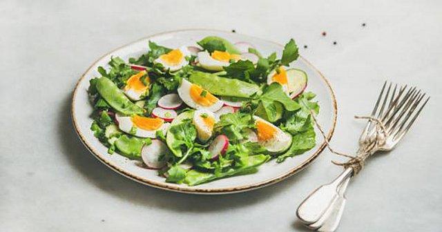 Τροφές που μας βοηθούν να χάσουμε βάρος