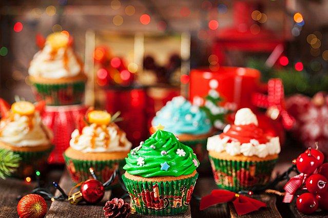 Φτιάξε τα πιο... χαρούμενα cupcakes των Χριστουγέννων