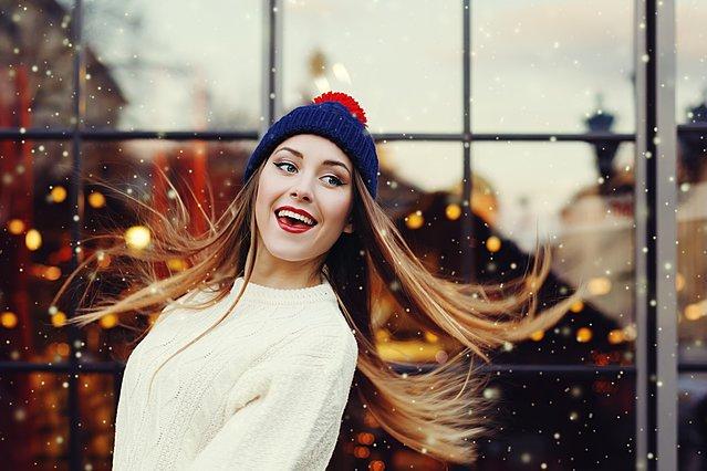 Φόρεσε καπέλα, σκουφάκια και μπερέδες χωρίς να χαλάσουν τα μαλλιά σου