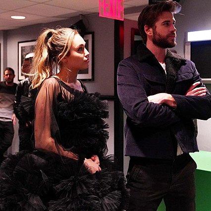 Παντρεύτηκαν μυστικά η Miley Cyrus και ο Liam Hemsworth: Οι πρώτες εικόνες από τον γάμο