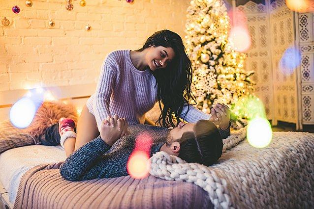 Γιατί η επιθυμία για σεξ αυξάνεται κατά την περίοδο των γιορτών;