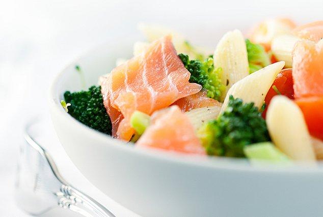 Τρεις σαλάτες για ελαφρά γεύματα μετά τις γιορτές