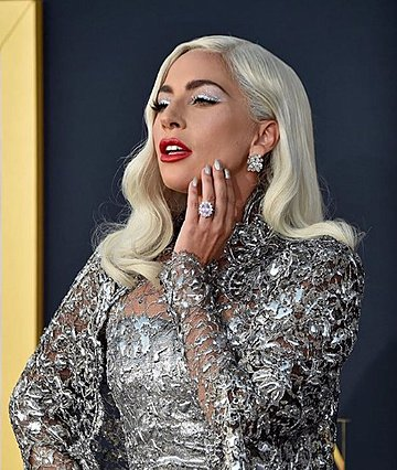 Lady Gaga: Το νέο της επαγγελματικό βήμα δεν έχει σχέση με τη μουσική...