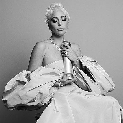 Δε φαντάζεσαι πού και πώς γιόρτασε η Lady Gaga τη Χρυσή Σφαίρα [photo]