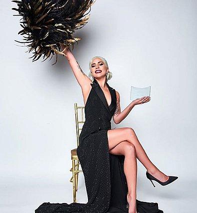 Lady Gaga: Δες πόσο πολύ μοιάζει με τη μαμά της! [Photo]