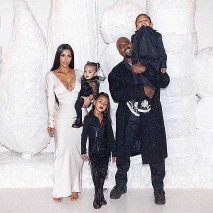 Μητέρα ξανά η Kim Kardashian: Επιβεβαίωσε την είδηση της εγκυμοσύνης και αποκάλυψε το φύλο μωρού [video]