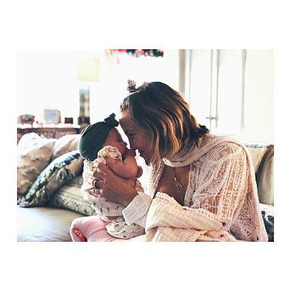 Kate Hudson: Έχεις δει την πιο... κόκκινη φωτογραφία της κόρης της;