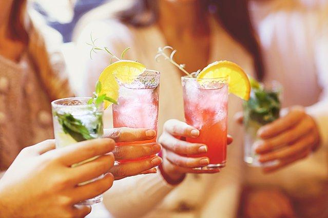 4 λόγοι για τους οποίους καλό είναι να αποφύγεις το αλκοόλ μετά τη γυμναστική