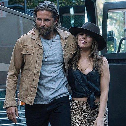 Bradley Cooper: Η on stage έκπληξη που έκανε στη Lady Gaga έχει γίνει viral [video]