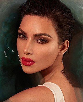 Δες την Kim Kardashian με αφέλειες! [photos]