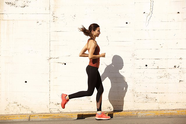 Να γιατί πρέπει να πας για τρέξιμο όταν έχεις περίοδο