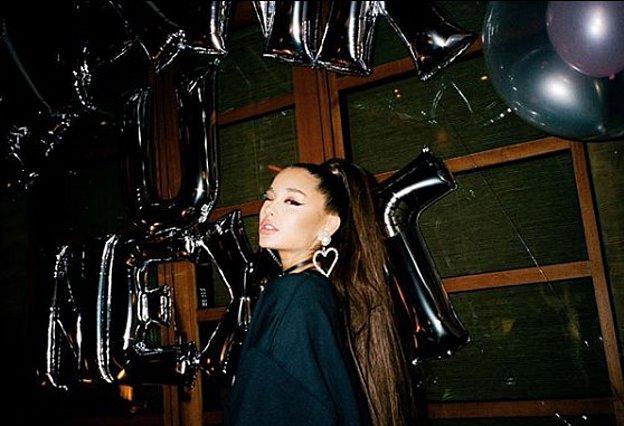 Ariana Grande: Αυτός είναι ο λόγος για τον οποίο δε θα τραγουδήσει στα φετινά Grammy