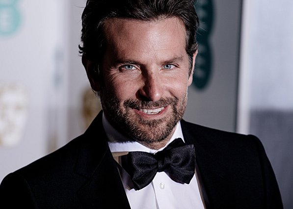 Bradley Cooper: Κέρδισε το BAFTA και μίλησε πρώτη φορά δημόσια για την Irina του [video]