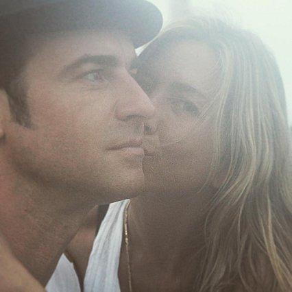 Jennifer Aniston: Ο Justin Theroux της ευχήθηκε δημόσια σα να μην είχαν χωρίσει ποτέ!