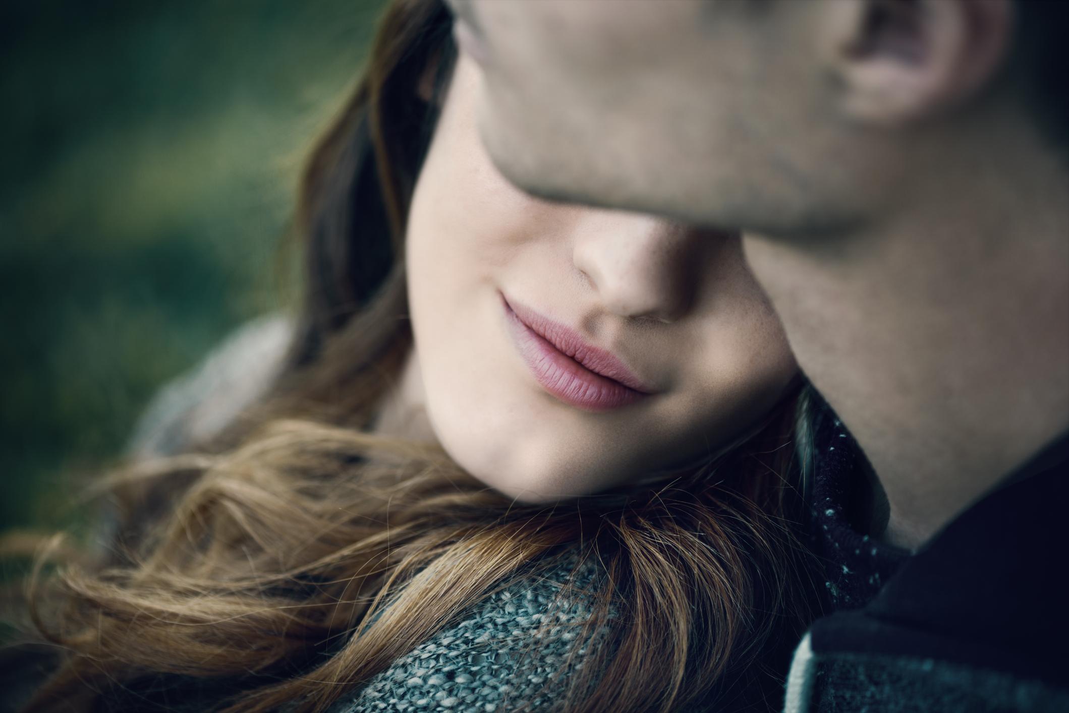 Το να βγαίνεις ραντεβού σημαίνει ότι είσαι σε μια σχέση
