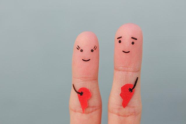 Πώς να κάνεις το χωρισμό με κάποιον που αγαπάς λιγότερο επώδυνο