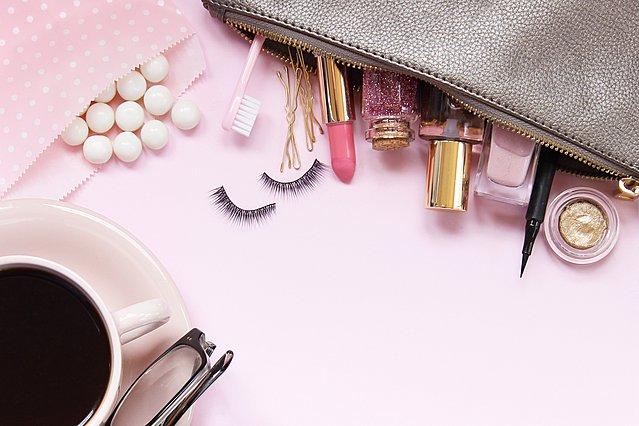 5 προϊόντα μακιγιάζ που οι περισσότερες γυναίκες παραλείπουν