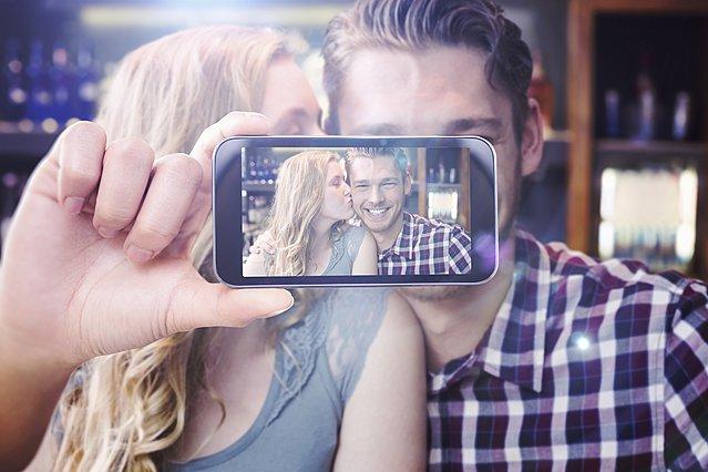 Έχεις επέτειο και θέλεις να μοιραστείς φωτογραφία στα social media; Ξανασκέψου το καλύτερα!