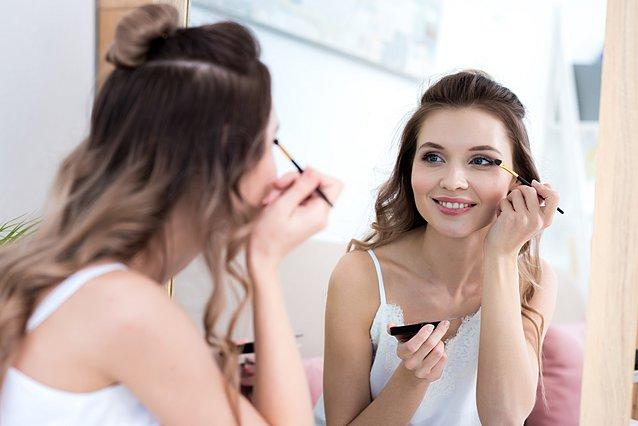 Κάνε μακιγιάζ ματιών γρήγορα και εύκολα