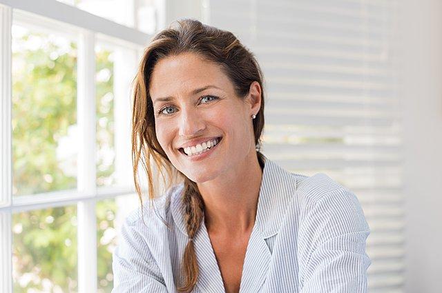 11 αναπόφευκτες αλλαγές που συμβαίνουν στο σώμα σου από τα 20 μέχρι τα 50 σου χρόνια