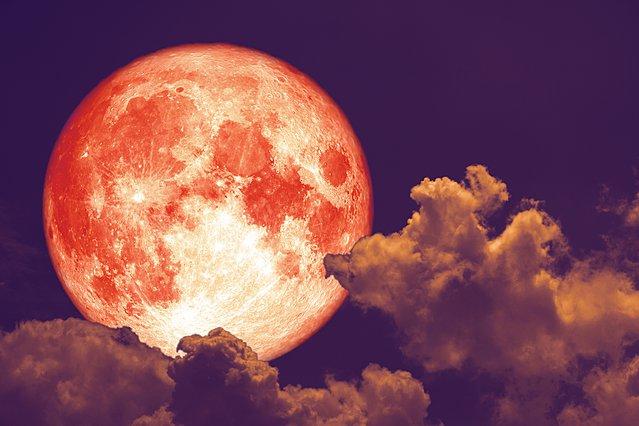 Full Worm Moon: Η υπερπανσέληνος της Τετάρτης σηματοδοτεί την αρχή της Άνοιξης