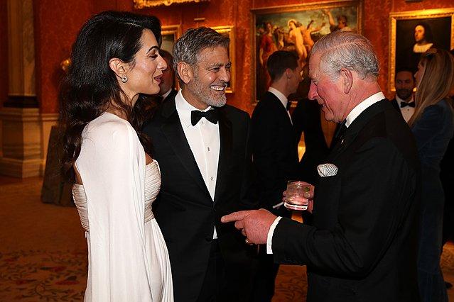 <p>Μαζί με τη σύζυγό του, Amal, ο George Clooney παραβρέθηκε πρόσφατα σε επίσημη εκδήλωση που πραγματοποιήθηκε στο Παλάτι του Μπάκινχαμ προς τιμή του The Prince's Trust. Στη φωτογραφία το διάσημο