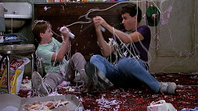 "<p>Ο Tom Hanks πρωταγωνιστεί στην ταινία ""Big"" του 1988 ως ένας έφηβος που βρίσκεται ξαφνικά στο σώμα ενός ενήλικα και δεν την ""παλεύει"". Τι λένε οι αριθμοί, σχετικά;</p>"