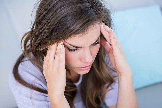Ημικρανία ή πονοκέφαλος; Τα 3 σημάδια που κάνουν τη διαφορά